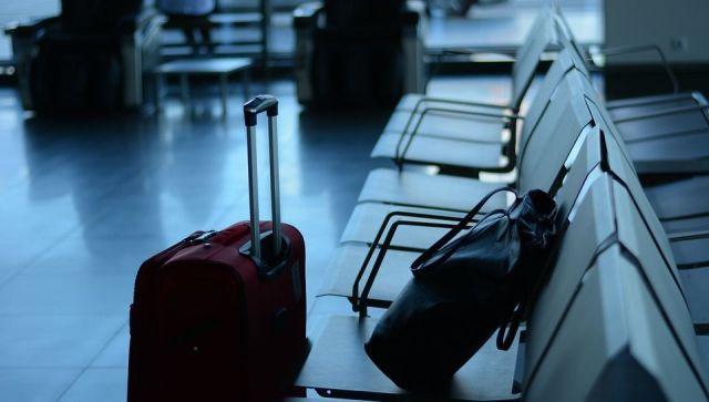 Крали из багажа: сотрудники аэропорта обчистили пассажиров на миллион