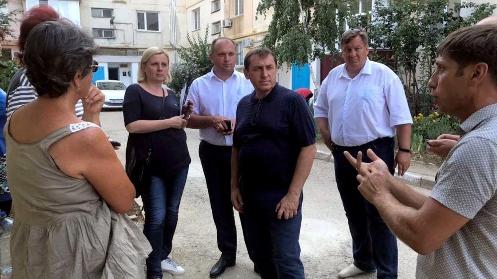 Для уборки мусора в Феодосии увеличено количество спецтехники – Юрий Гоцанюк