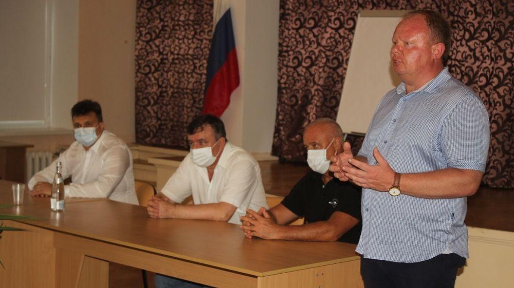 Алексей Черняк встретился с трудовым коллективом Никитского ботанического сада