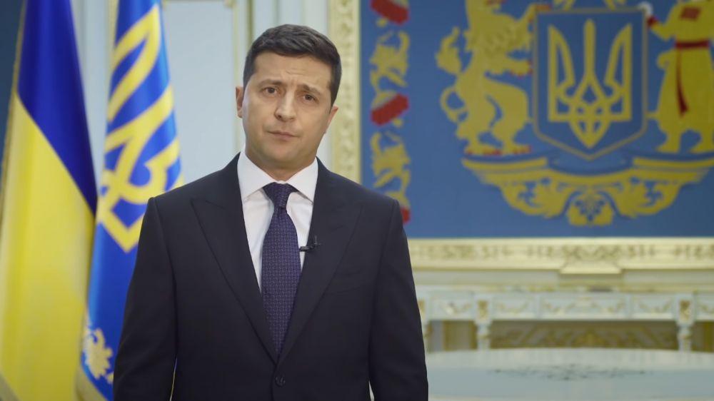 Потасовка националистов с полицией у офиса Зеленского: что известно