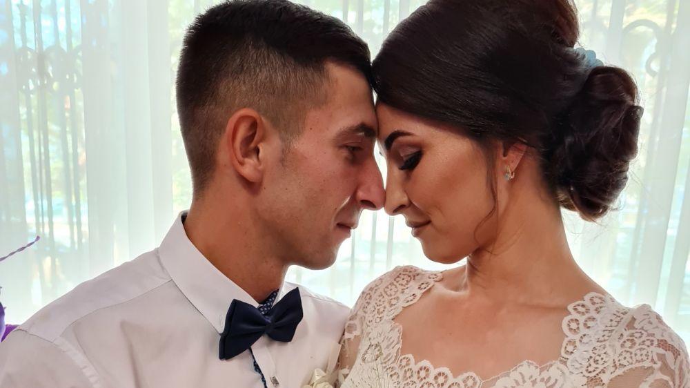 Впервые за неделю отделы ЗАГС зарегистрировали больше браков, чем рождений