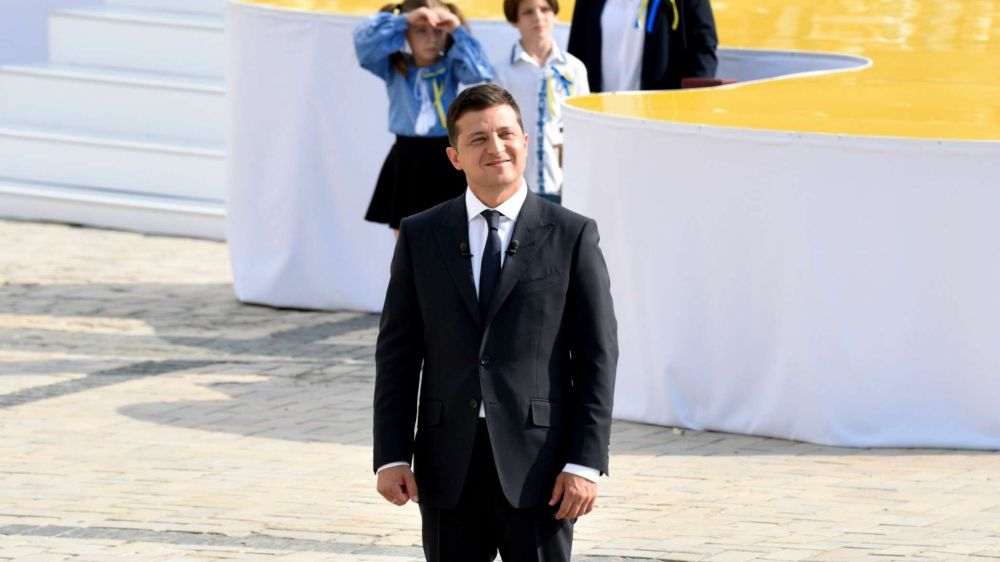 """День Независимости и """"Крымская платформа"""" стоили Киеву полмиллиарда"""