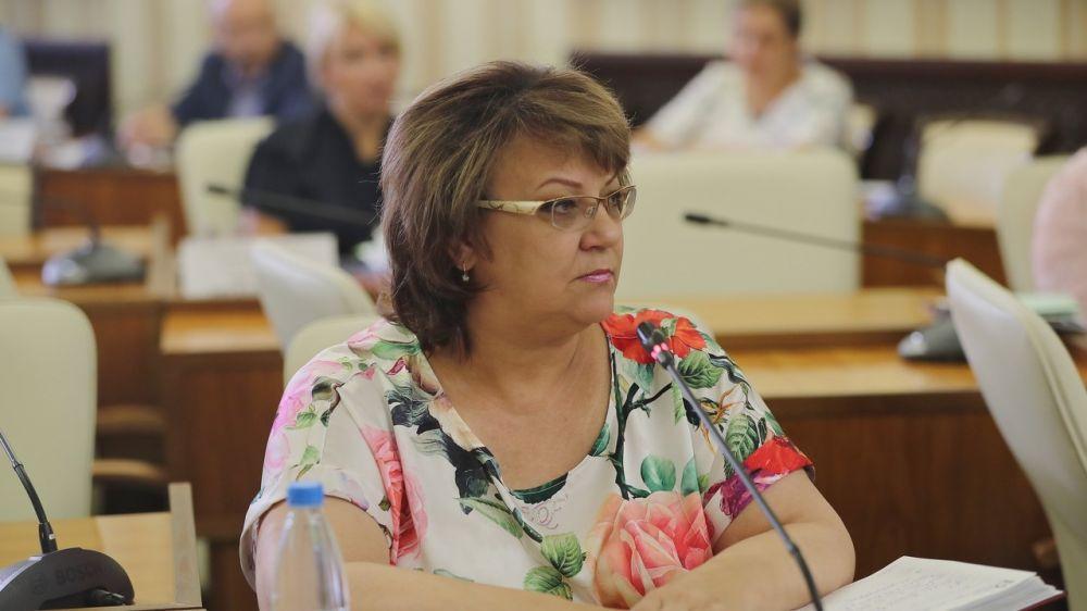 В День знаний крымские школы открыли свои двери для 24,5 тысяч первоклассников – Елена Романовская