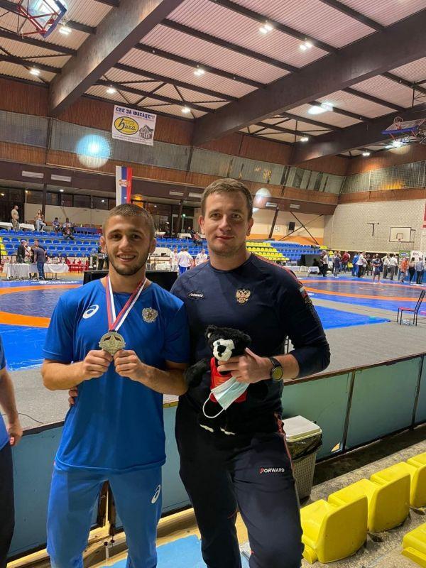 Крымский борец Эмин Сефершаев выиграл серебро на турнире в Сербии