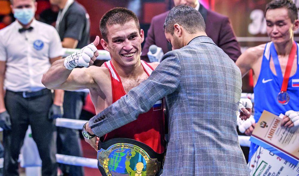 Симферополец Ахтем Закиров стал чемпионом России по боксу