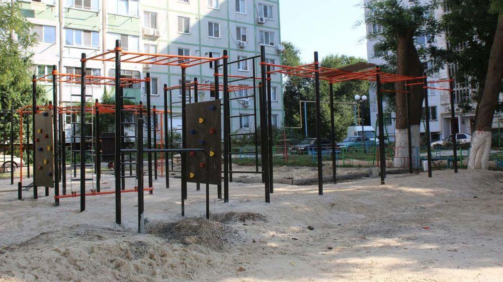 В жилых районах Керчи оборудуют спортивные площадки