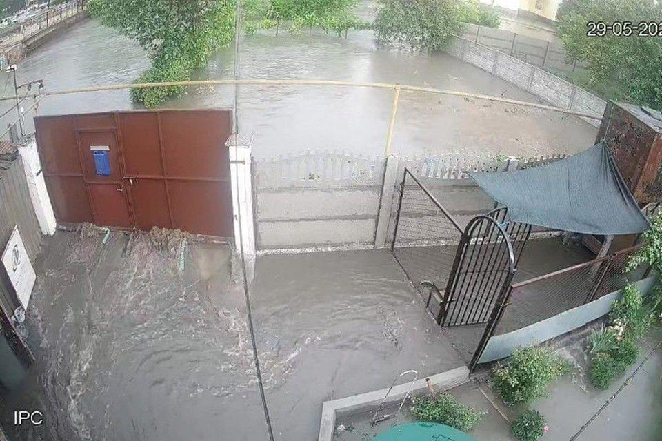 В ожидании режима ЧС: Почему постоянные потопы в Симферополе хуже ялтинских и керченских