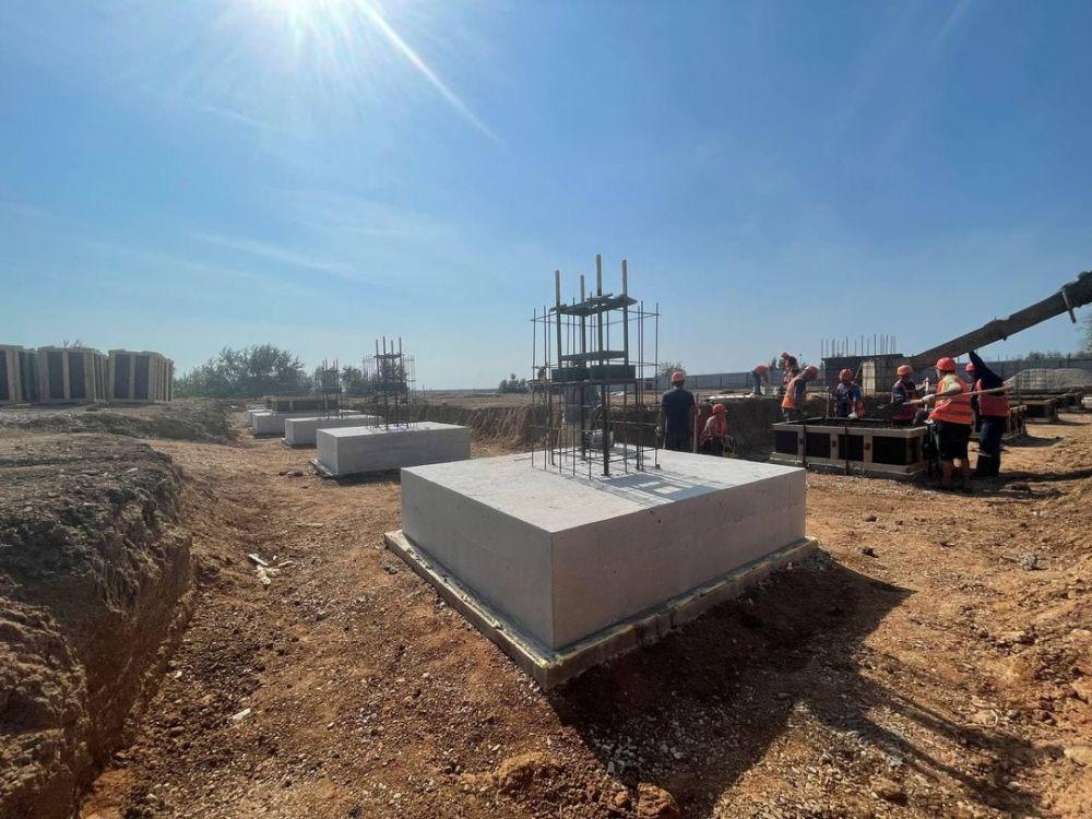 Строители приступили к монолитным работам на новом ФОКе в Саках