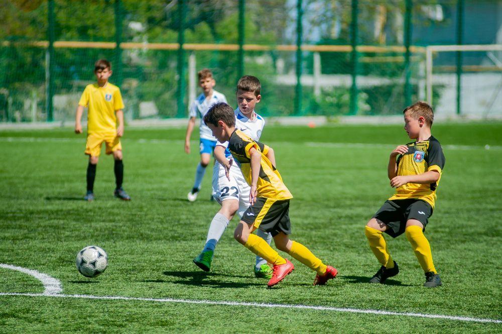 153 команды юных футболистов будут бороться за звание лучших в Крыму