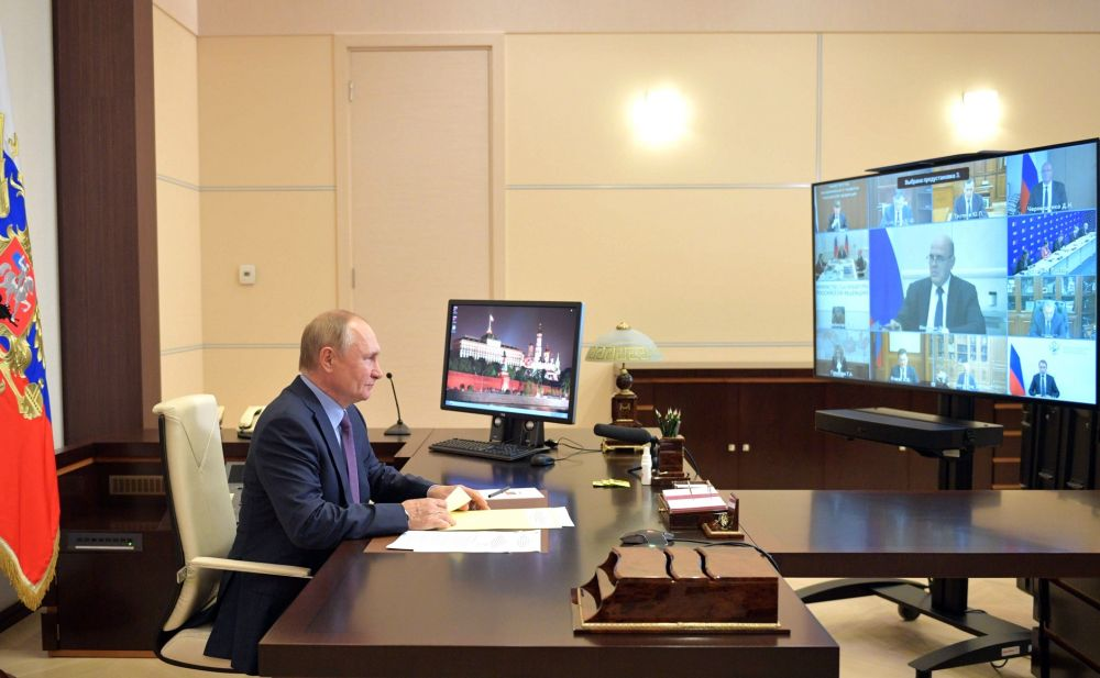 «Единая Россия» инициировала многие решения по развитию страны, — Путин