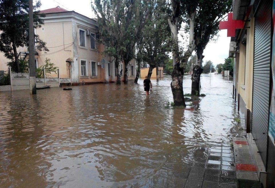 Власти России выделили 400 миллионов рублей пострадавшим от потопа крымчанам