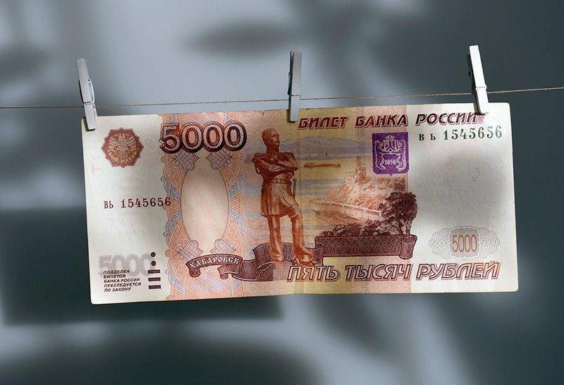Кураторы в севастопольских техникумах и колледжах будут получать пятитысячную надбавку
