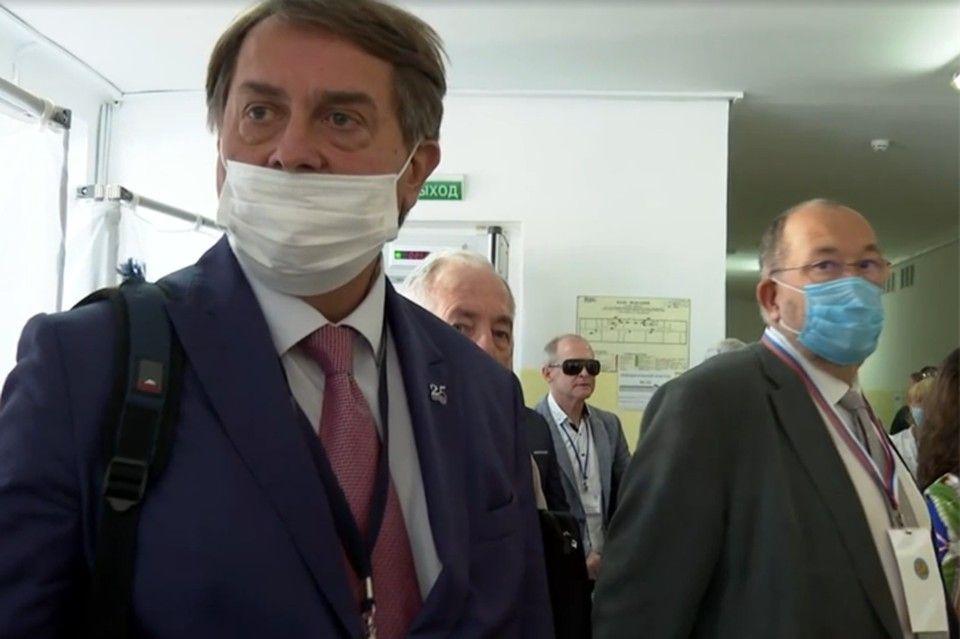 Европарламент угрожает приехавшим в Крым на выборы иностранным наблюдателям