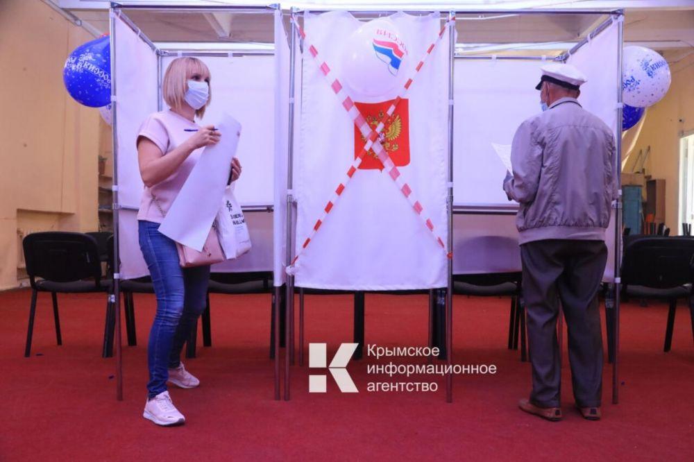 За первые семь часов голосования явка в Крыму составила 15,2%