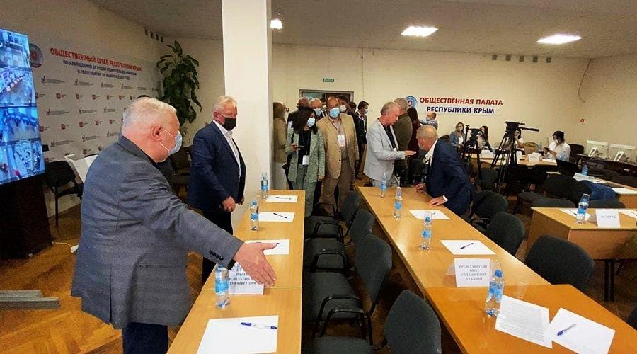 Международные эксперты не нашли нарушений на избирательных участках в Крыму и Севастополе