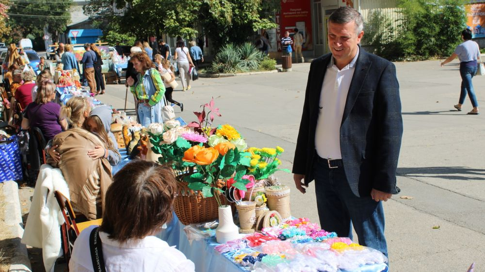 В Джанкое прошла осенняя выставка-ярмарка