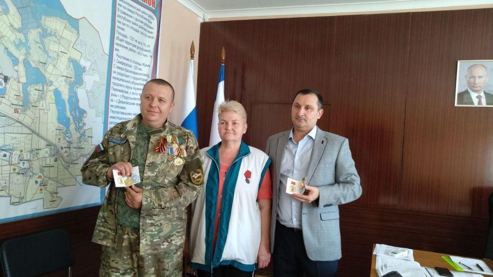 Вручена памятная медаль «80 лет 62 истребительному авиационному полку им. 50-летия ВЛКСМ»
