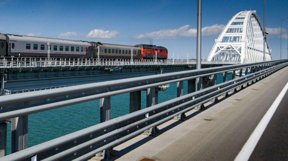 Поезда в Крым из Москвы и Питера будут ходить быстрее