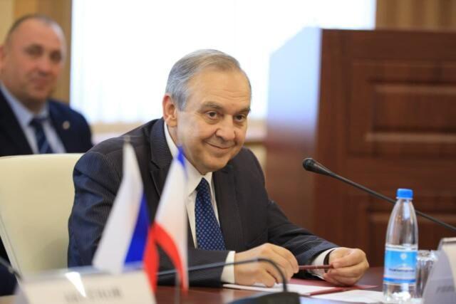Мурадов высказался за принуждение Украины к признанию российского статуса Крыма