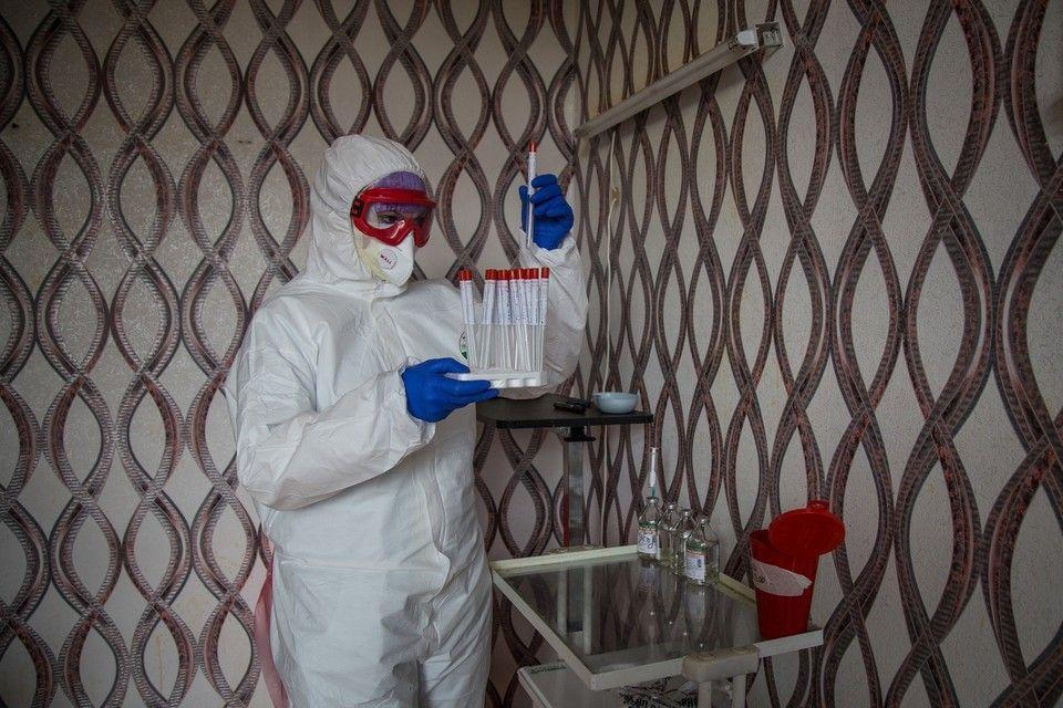 В Крыму зафиксировали еще 293 человека с коронавирусом
