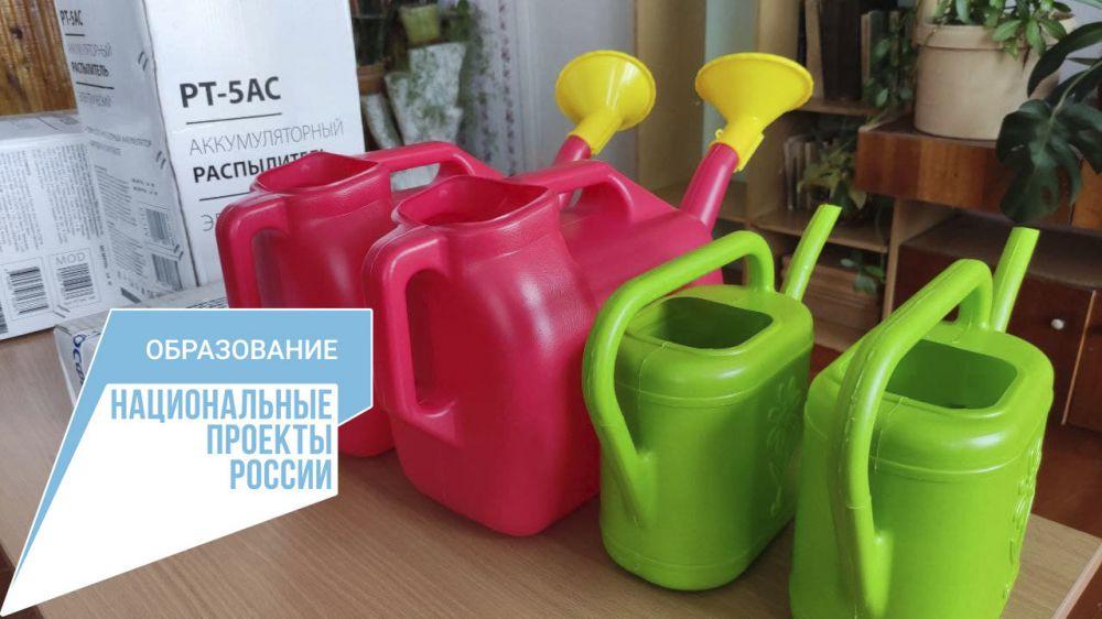 В Заречненской школе - детском саду Джанкойского района завершается поставка оборудования в школьные классы