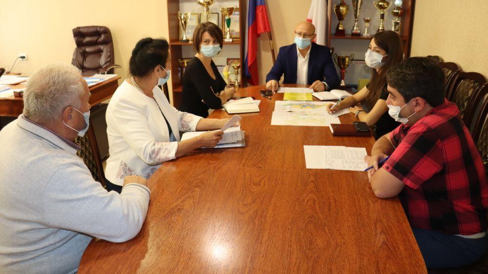 Глава администрации Сакского района Владимир Сабивчак провёл очередной прием граждан