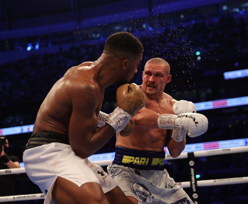 Первый тренер Усика рассказал, за что отчитал боксера после боя за титул чемпиона мира