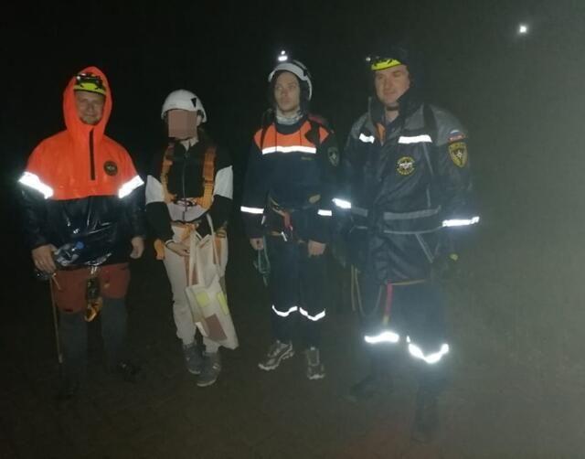 Туристка в ливень заблудилась на тропе Голицына