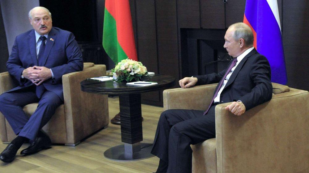 Путин и Лукашенко обсудили базирование войск НАТО на Украине