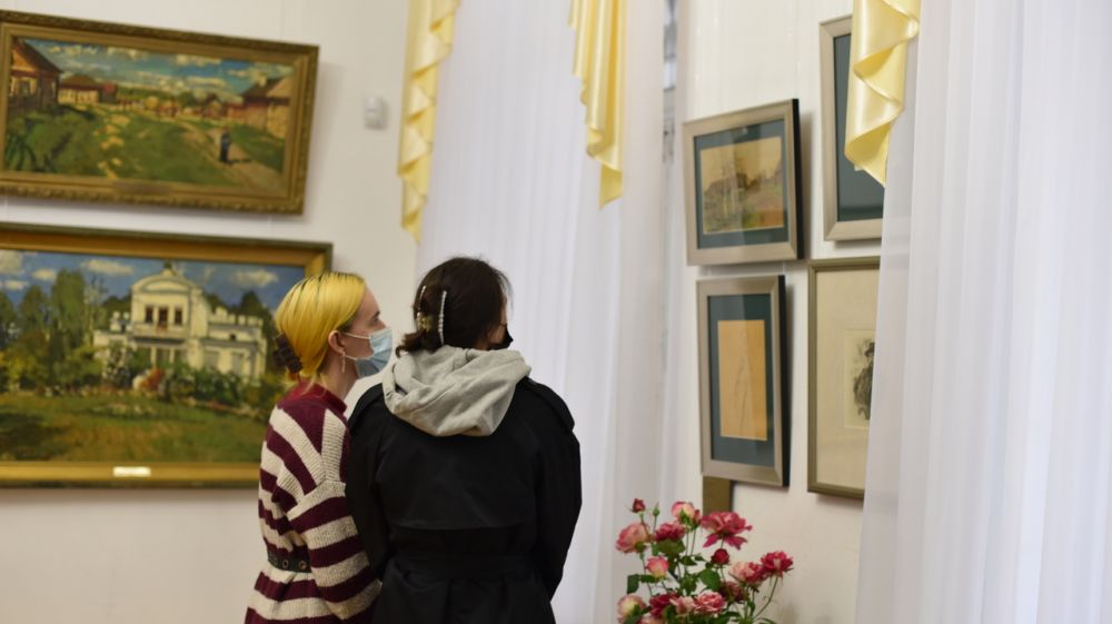 В Симферопольском художественном музее доступна для посещения выставка «Русский импрессионизм»