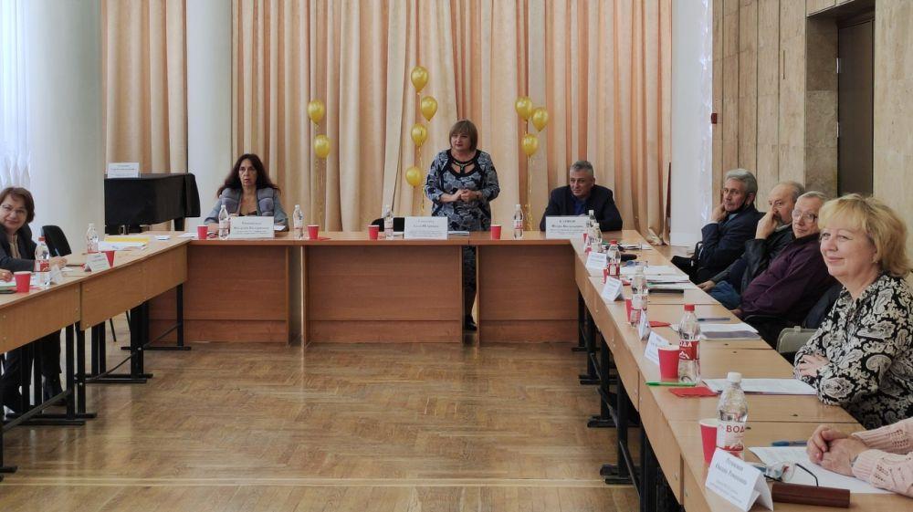 Состоялось заседание президиума Совета директоров детских школ искусств Крыма