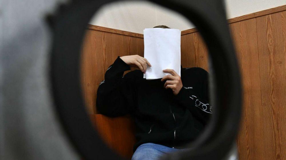 Строитель-иностранец пытался дать взятку сотруднику ФСБ в Керчи