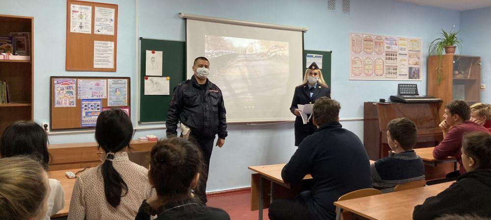 Джанкойские полицейские встретились с учащимися Джанкойского района