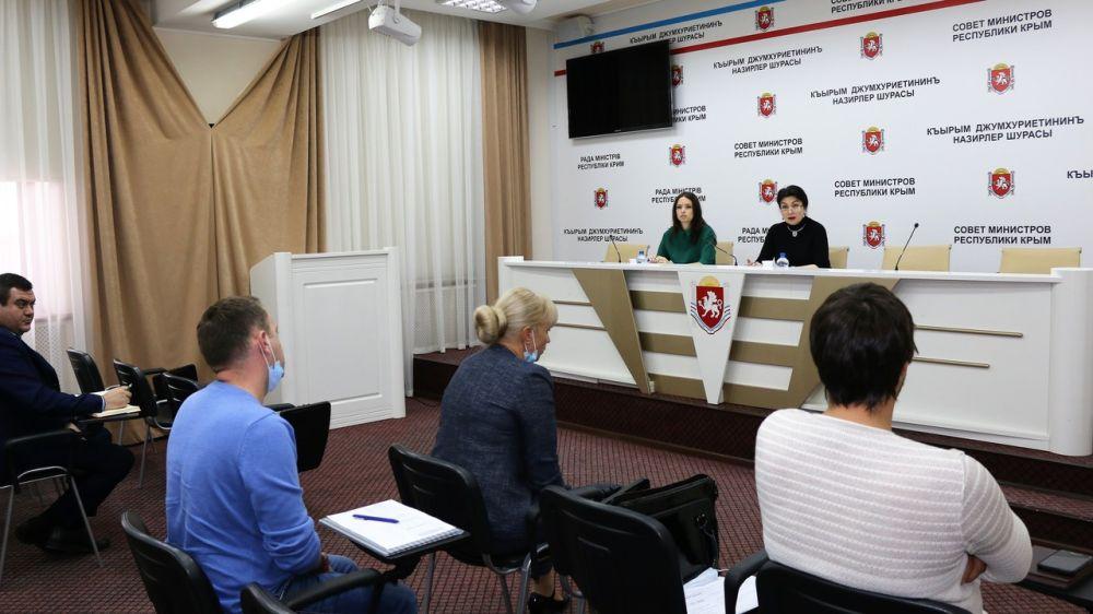 Под руководством Арины Новосельской состоялась рабочая встреча, посвященная капитальному ремонту домов культуры и сельских клубов в Первомайском районе