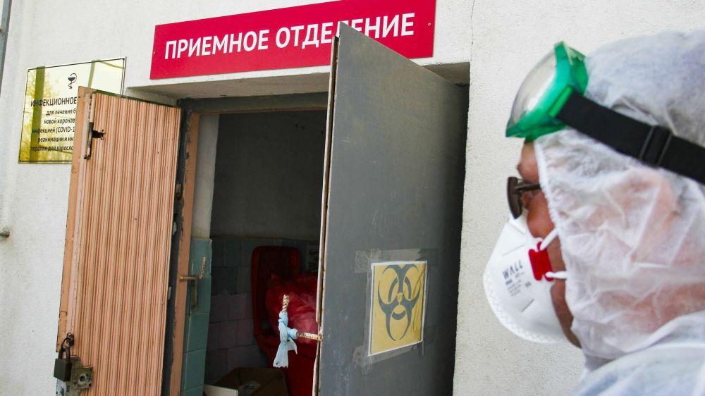 В Севастополе не хватает медиков для работы с ковидными больными