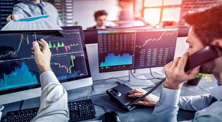 Финансовый брокер: функционал, специфика работы, правила выбора посредника