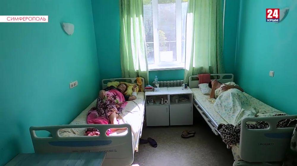 В Симферополе почти не осталось свободных коек для больных коронавирусом