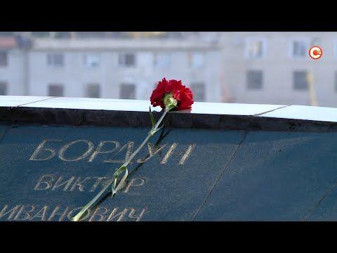 25 лет исполнилось севастопольскому памятнику воинам-интернационалистам (СЮЖЕТ)
