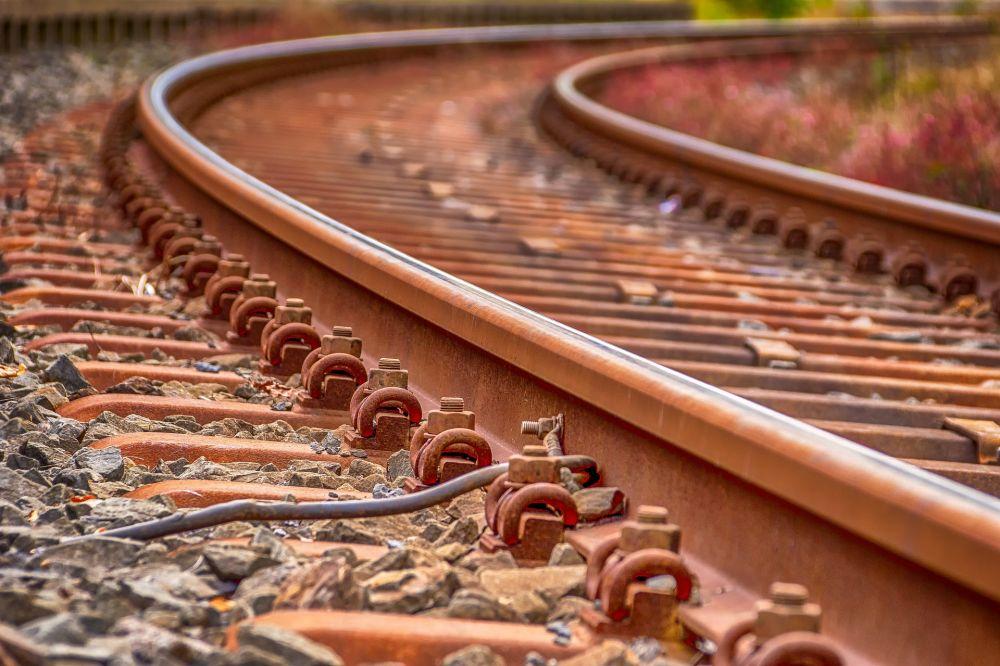 В Сакском районе на железнодорожных путях пропали почти 12 метров рельсов