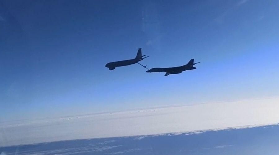 Самолёты ЧФ сопроводили бомбардировщики США над Черным морем