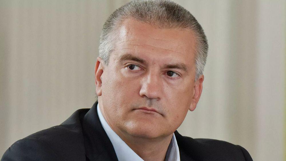 Глава Крыма назвал условия для снятия антиковидных ограничений