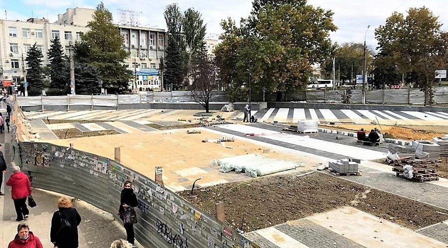 Симферополю дали время до конца ноября на завершение благоустройства площади Куйбышева