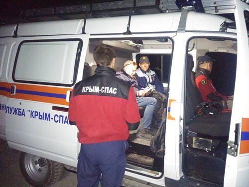 За прошедшие сутки сотрудники «КРЫМ-СПАС» дважды эвакуировали туристов из горно-лесной местности