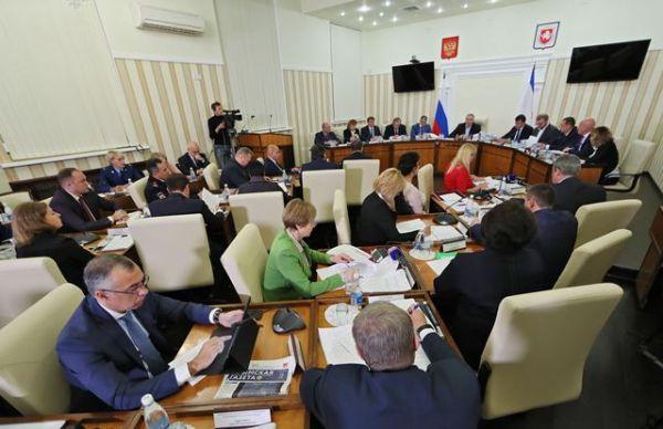 Муниципалитеты вынуждены будут вернуть в бюджет республики более 650 миллионов рублей – Ирина Кивико