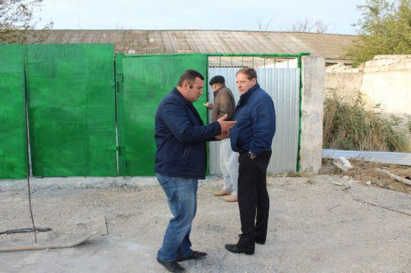 Олег Попов осуществил выезд на строящуюся бойню в селе Калиновка