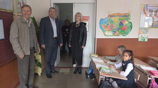 Сергей Аксёнов проинспектировал Джанкойский район, где проводятся выездные приёмы граждан членами правительства Республики Крым