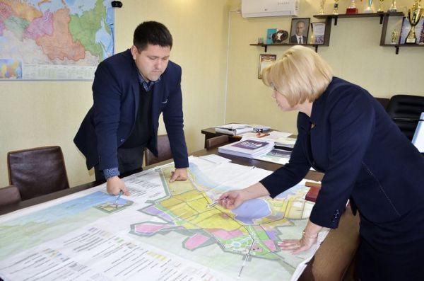 Людмила Глушко провела аппаратное совещание и прием граждан по личным вопросам в селе Оленевка