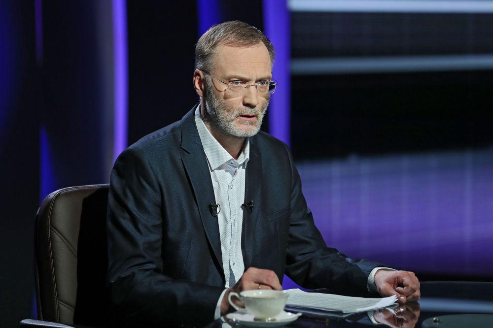Аксёнов объявил, что Путин спас Крым отрабства