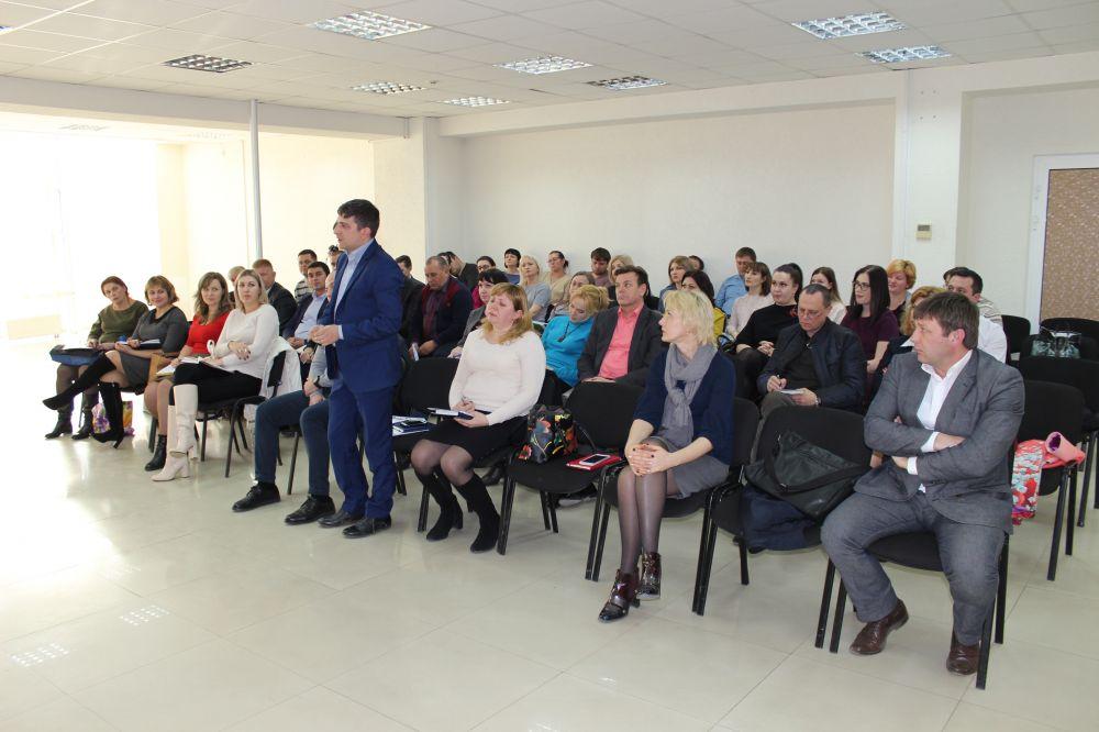 Руководство Госкомрегистра и начальники территориальных отделов обсудили организационные аспекты в работе регистрирующего органа