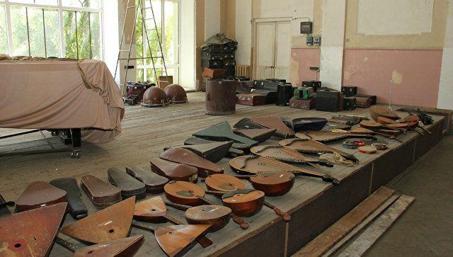 Юным музыкантам придется переехать из сквера им. Тренева в главное здании школы, расположенном на улице Пушкина 19/11